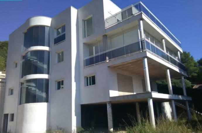 4 bedroom Semi-detached Villa for sale in Borriol - € 411,000 (Ref: 4456705)