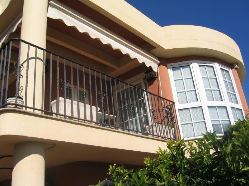 Chalet de 3 habitaciones en La Vall d'Uixó en venta - 275.000 € (Ref: 4722401)