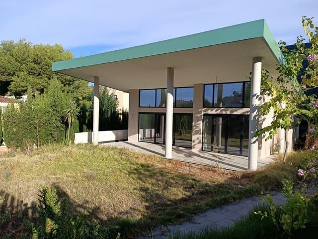 6 quarto Moradia Geminada para venda em Oropesa  com garagem - 792 225 € (Ref: 5328304)