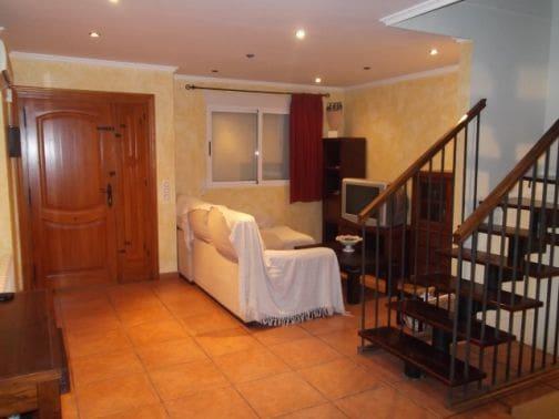 3 soveværelse Rækkehus til salg i Massamagrell med garage - € 140.000 (Ref: 5886186)