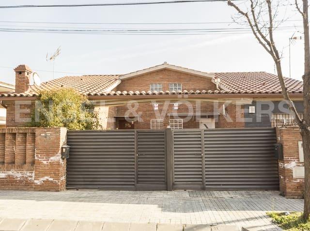 9 sovrum Villa till salu i Barbera del Valles med garage - 510 000 € (Ref: 4814132)