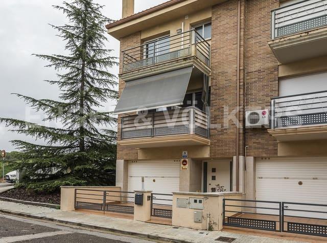 4 Zimmer Reihenhaus zu verkaufen in Caldes de Montbui mit Pool Garage - 334.000 € (Ref: 4814972)