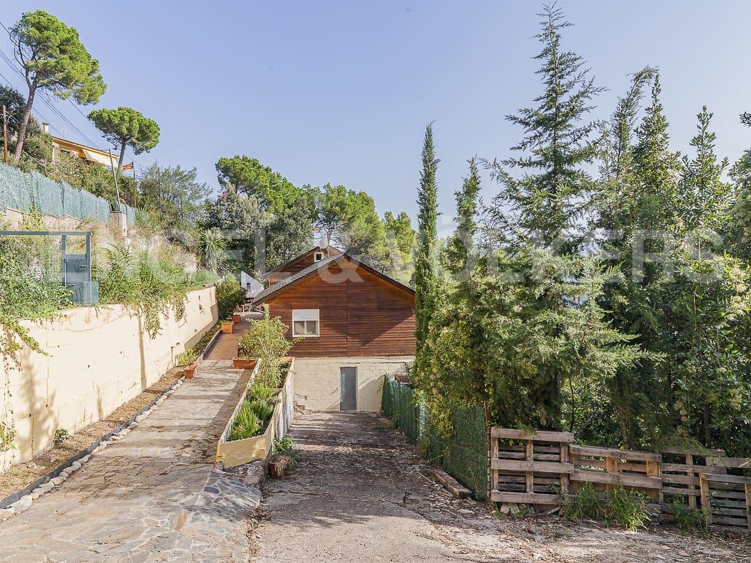Chalet de 3 habitaciones en Castellar del Vallès en venta con garaje - 270.000 € (Ref: 4819530)