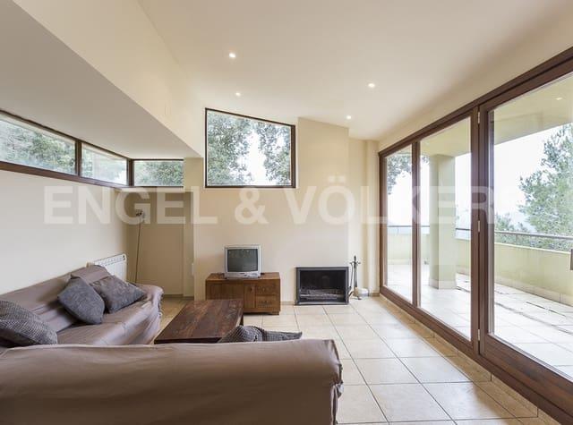 3 sovrum Villa till salu i El Pont de Vilomara i Rocafort med garage - 195 000 € (Ref: 4828168)