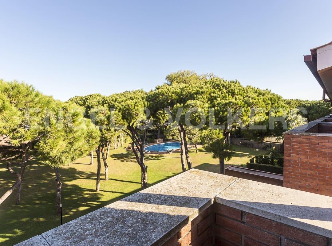 Adosado de 4 habitaciones en Gavà en venta con piscina garaje - 1.070.000 € (Ref: 4854004)