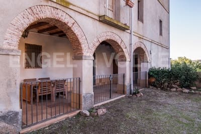 8 bedroom Townhouse for sale in Bigues i Riells - € 325,000 (Ref: 4948985)