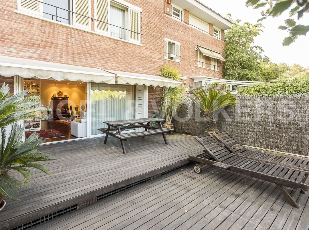 5 bedroom Terraced Villa for rent in Sant Cugat del Valles with garage - € 3,200 (Ref: 4949018)