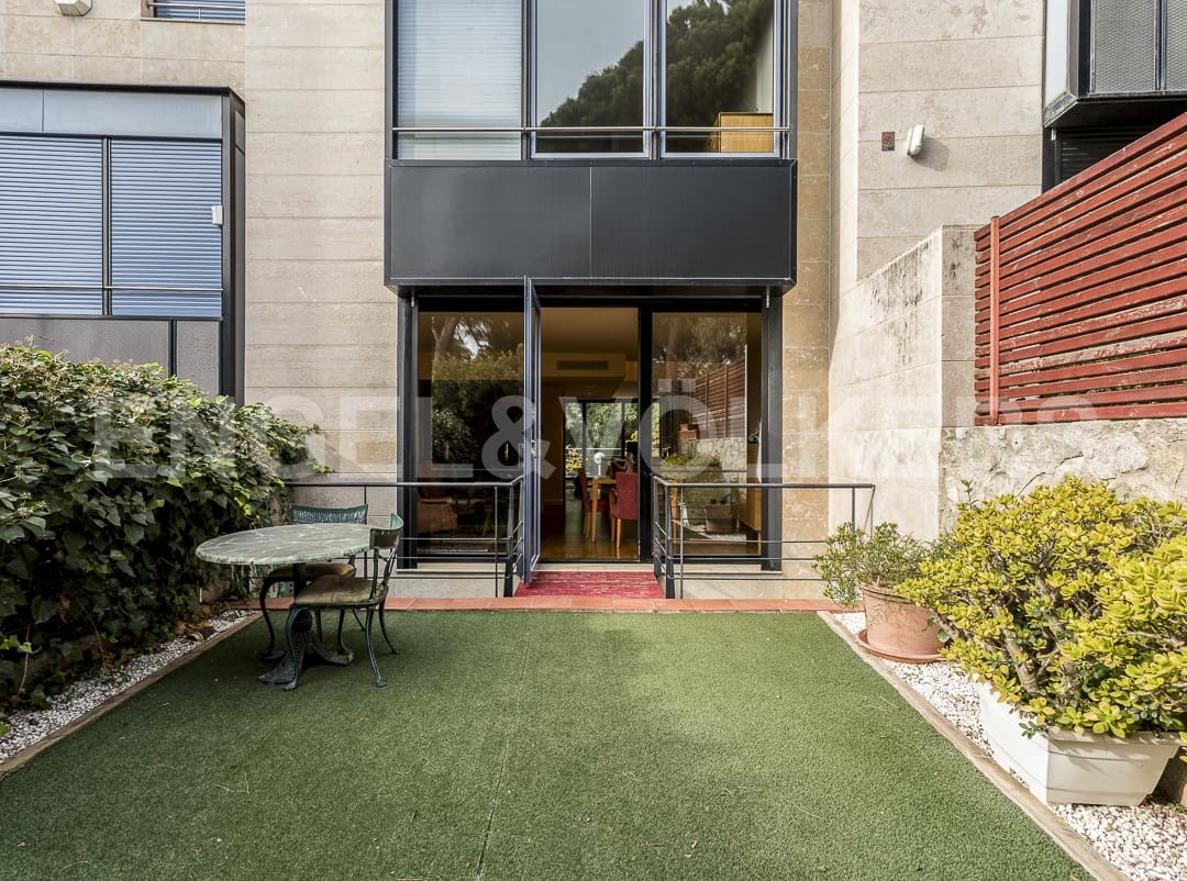5 bedroom Terraced Villa for rent in Barcelona city with pool garage - € 5,000 (Ref: 4978593)