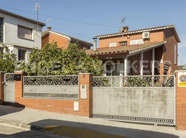 4 sypialnia Willa na sprzedaż w Sant Andreu de la Barca z garażem - 455 000 € (Ref: 5175354)