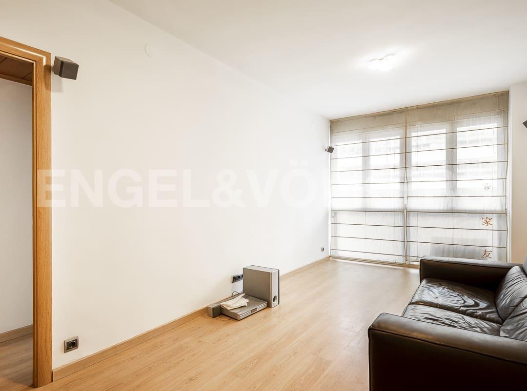 3 sovrum Lägenhet att hyra i Barcelona stad - 1 300 € (Ref: 5363256)