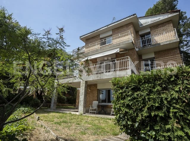 7 sovrum Villa till salu i Sant Fruitos de Bages med pool garage - 295 000 € (Ref: 5419498)
