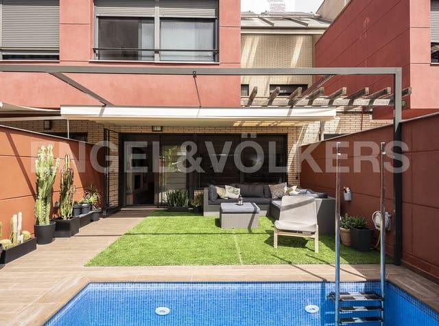 4 bedroom Terraced Villa for sale in L'Hospitalet de Llobregat with pool garage - € 720,000 (Ref: 5487493)