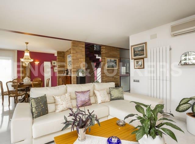 4 chambre Villa/Maison Mitoyenne à vendre à Sentmenat avec piscine garage - 631 000 € (Ref: 5503143)