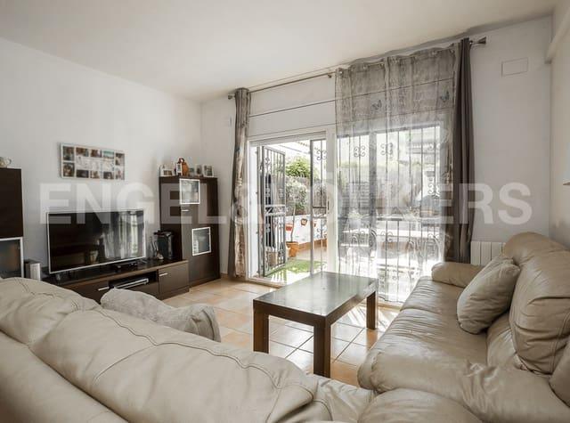 Adosado de 4 habitaciones en Cubelles en venta con garaje - 230.000 € (Ref: 5560299)