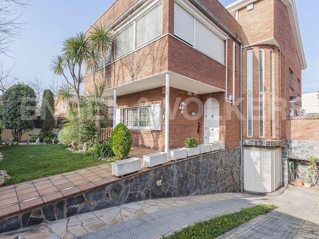 5 sypialnia Willa na sprzedaż w Cerdanyola del Valles z basenem garażem - 640 000 € (Ref: 5701908)