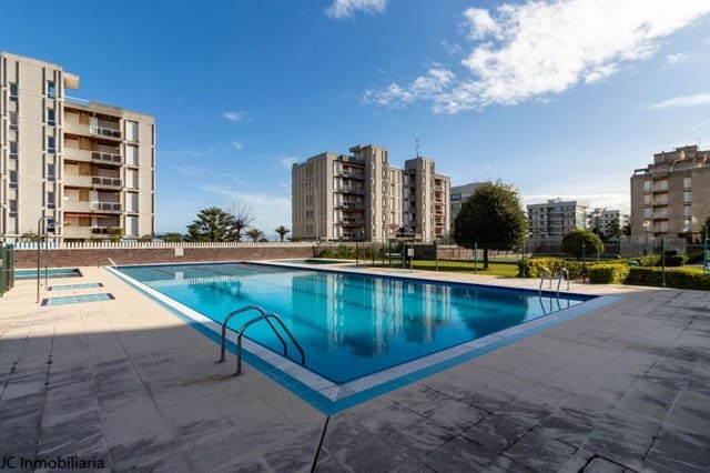 2 bedroom Apartment for sale in Laredo - € 290,000 (Ref: 3765310)