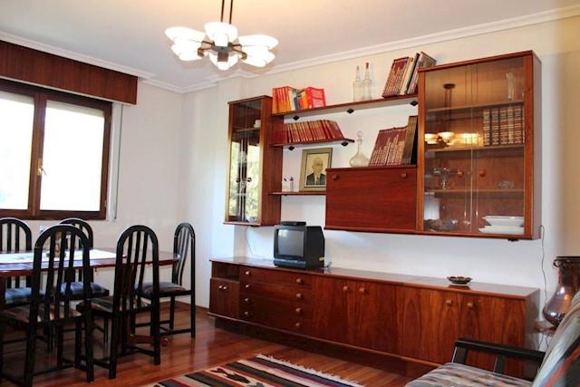 Apartamento de 3 habitaciones en Voto en venta - 73.000 € (Ref: 3765400)