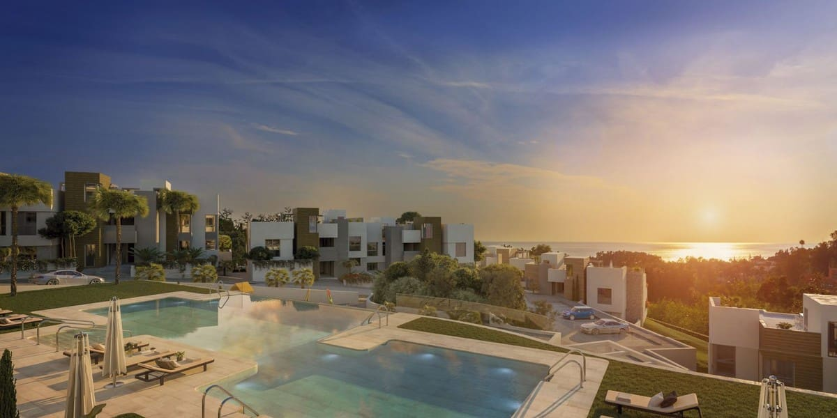 2 bedroom Apartment for sale in Marbella with pool garage - € 361,000 (Ref: 4748638)