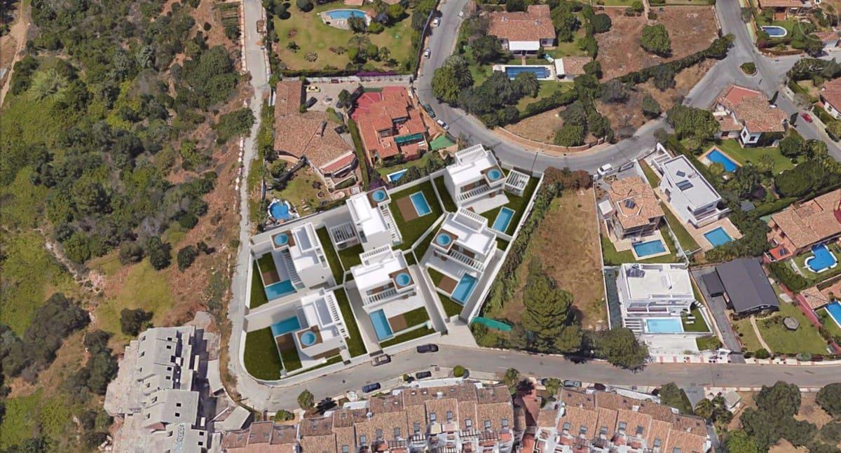 Building Plot for sale in Marbella - € 1,100,000 (Ref: 5135811)