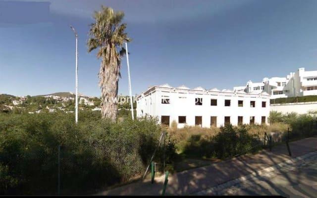 Local Comercial de 17 habitaciones en Calahonda en venta - 1.500.000 € (Ref: 5602840)