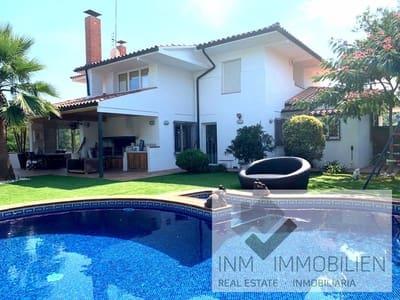 Casa de 8 habitaciones en Barcelona ciudad en venta con piscina - 590.000 € (Ref: 5034689)
