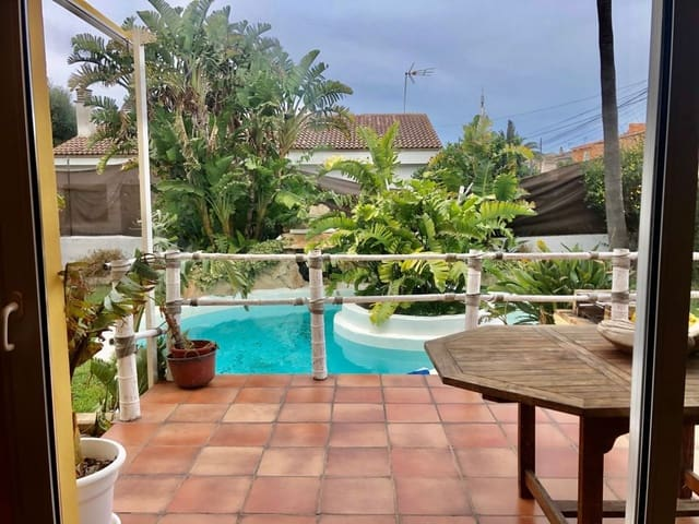 4 bedroom Townhouse for sale in Badia Gran with pool - € 595,000 (Ref: 5899481)