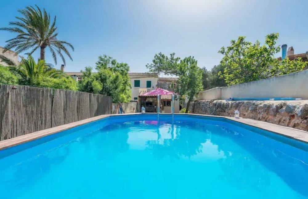 4 soveværelse Byhus til leje i Santanyi med swimmingpool - € 1.850 (Ref: 5945545)
