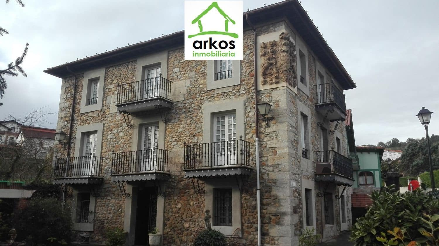 7 bedroom Villa for sale in Castro-Urdiales with pool - € 590,000 (Ref: 4328127)