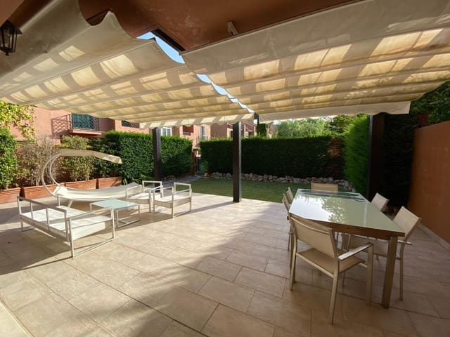 5 slaapkamer Halfvrijstaande villa te huur in Las Chapas met zwembad garage - € 2.800 (Ref: 5487150)