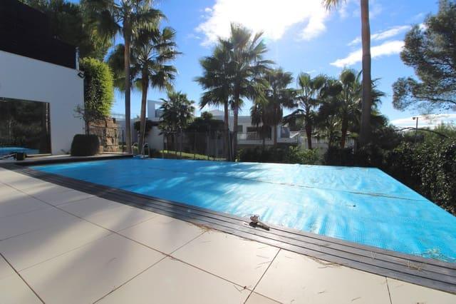 4 soveværelse Byhus til leje i Marbella med swimmingpool - € 10.000 (Ref: 5928528)
