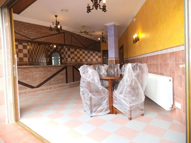 Commercial for sale in Ajo - € 397,000 (Ref: 3668553)