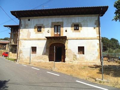 7 bedroom Finca/Country House for sale in Barcena de Cicero with garage - € 247,000 (Ref: 3668575)