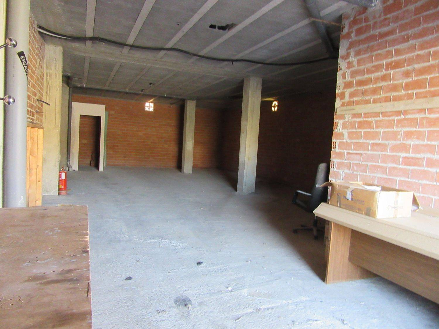 Commercial for rent in Ajo - € 400 (Ref: 3668663)