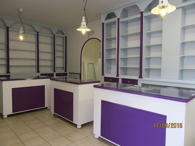 Commercial for rent in Ajo - € 1,050 (Ref: 3668664)