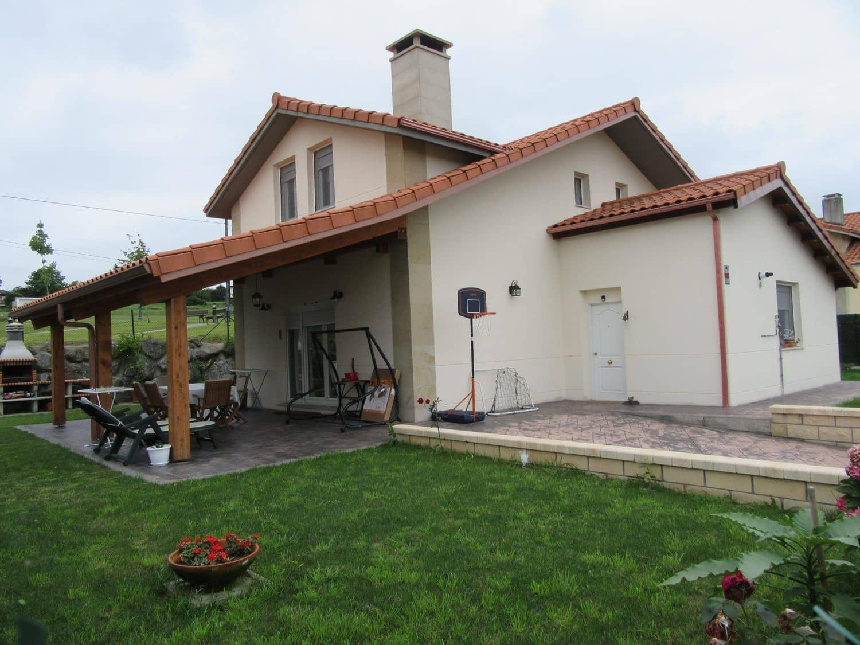 5 sovrum Villa till salu i Bareyo - 349 000 € (Ref: 4088314)