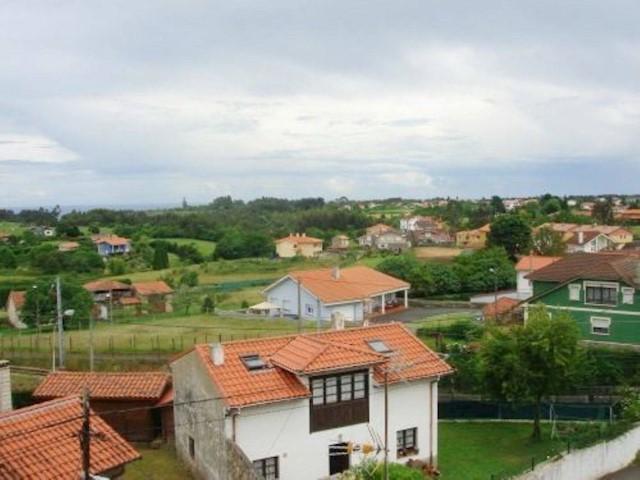Apartamento de 3 habitaciones en Muros de Nalón en venta - 39.000 € (Ref: 3694670)