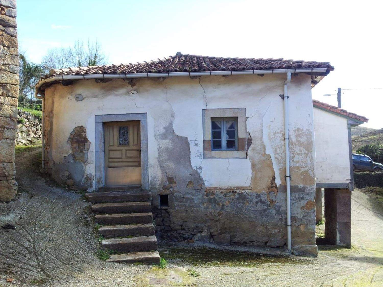 Quinta/Casa Rural para venda em Belmonte de Miranda - 35 000 € (Ref: 3694934)