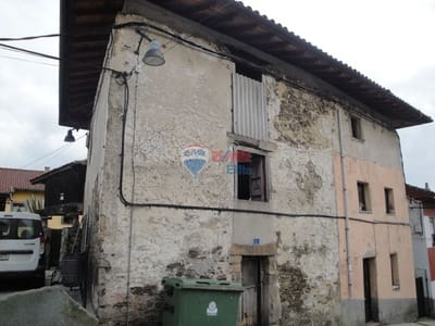 Townhouse for sale in Tineo with garage - € 49,900 (Ref: 4628458)