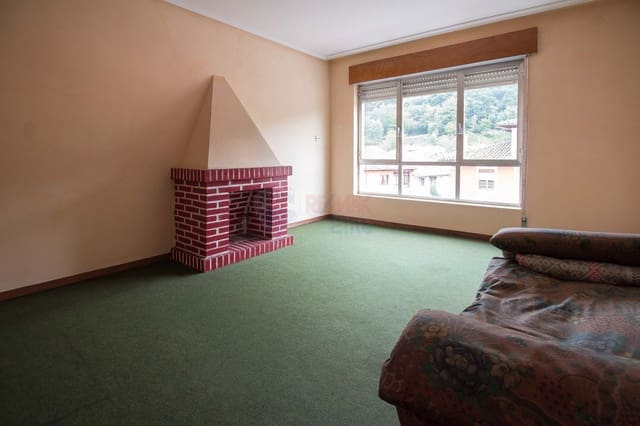 4 chambre Appartement à vendre à Pilona - 47 000 € (Ref: 4628516)