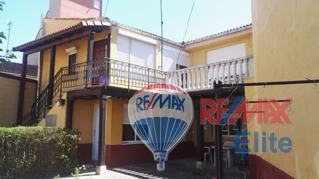 Chalet de 4 habitaciones en Carrizo en venta - 120.000 € (Ref: 4628898)