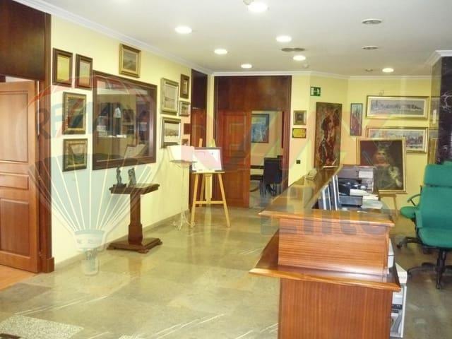 Biuro na sprzedaż w Gijon - 1 100 000 € (Ref: 4638500)