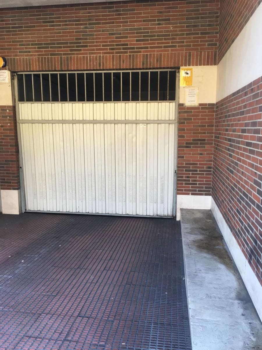 Garaż na sprzedaż w Gijon - 19 500 € (Ref: 4751428)