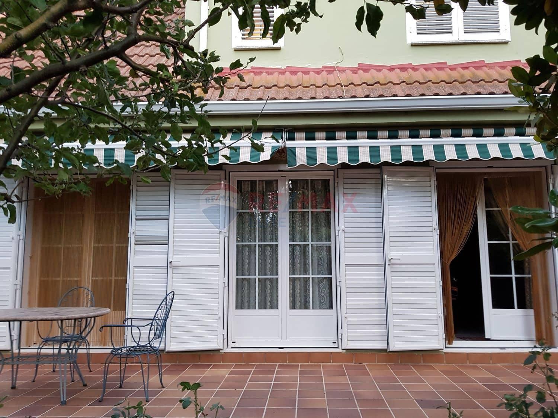 3 bedroom Villa for sale in San Millan de los Caballeros with pool garage - € 130,000 (Ref: 4837183)