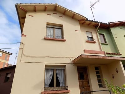 2 bedroom Townhouse for sale in Gijon with garage - € 215,000 (Ref: 4882871)