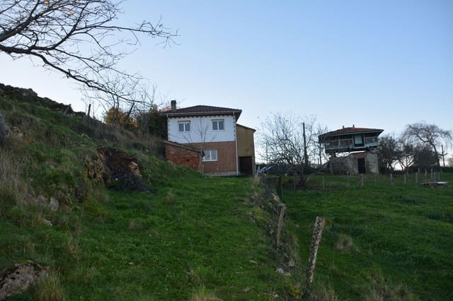 4 bedroom Finca/Country House for sale in Gijon - € 150,000 (Ref: 4973785)