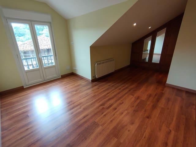 Chalet de 4 habitaciones en Grado en venta con garaje - 164.900 € (Ref: 5343108)