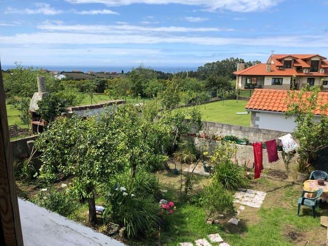 Chalet de 4 habitaciones en Villaviciosa en venta - 169.900 € (Ref: 5429774)