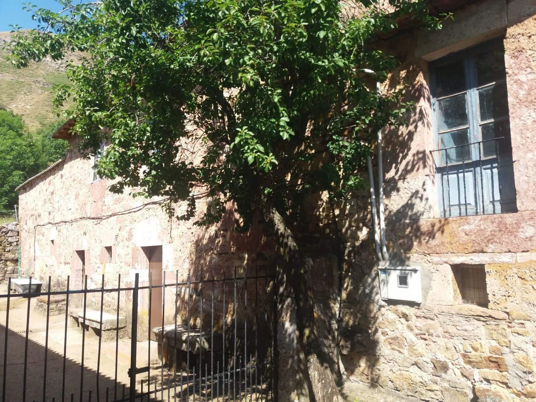 3 chambre Finca/Maison de Campagne à vendre à San Emiliano avec garage - 115 000 € (Ref: 5513825)