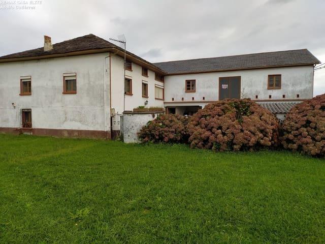 Chalet de 4 habitaciones en Luarca en venta con garaje - 284.000 € (Ref: 5620346)