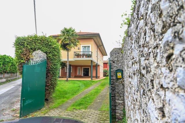 4 Zimmer Villa zu verkaufen in Llanes mit Garage - 695.000 € (Ref: 5668871)